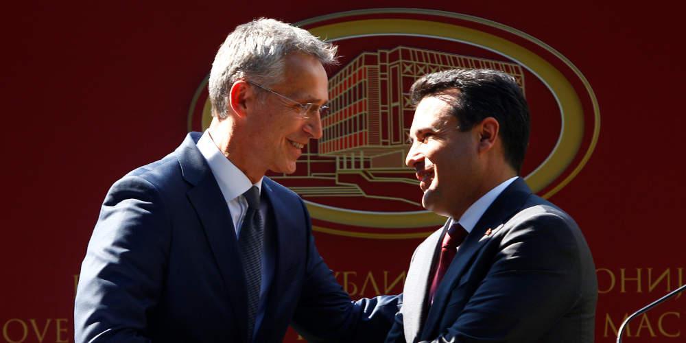 Στην «αγκαλιά» του ΝΑΤΟ τα Σκοπιά – Το… χαβά του με τη «Μακεδονία» ο Ζάεφ