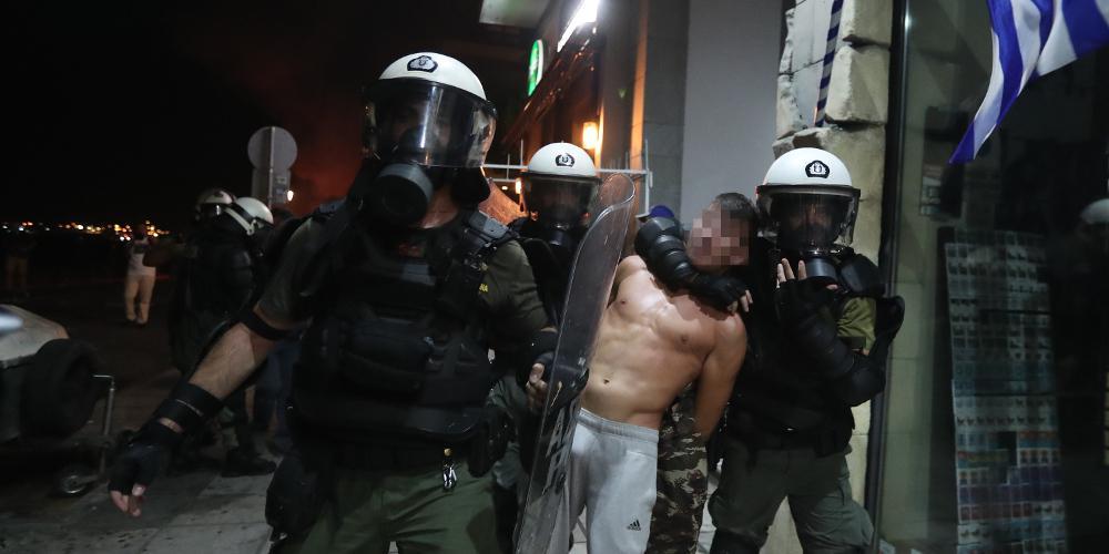 Οχτώ συλλήψεις για τα επεισόδια στη Θεσσαλονίκη - Ανάμεσα τους μία ανήλικη [βίντεο]