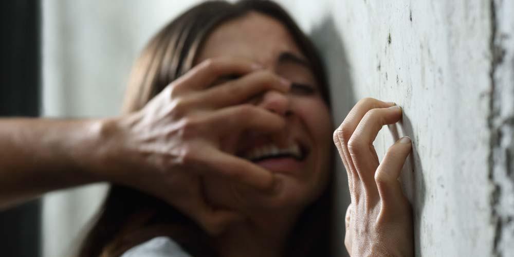 Φρίκη: Έφηβη βιάστηκε από 30 άνδρες σε ξενοδοχείο στο Ισραήλ