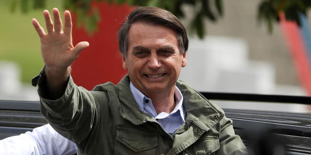 Εποχή Μπολσονάρου στη Βραζιλία: Νικητής των εκλογών με 55,7%