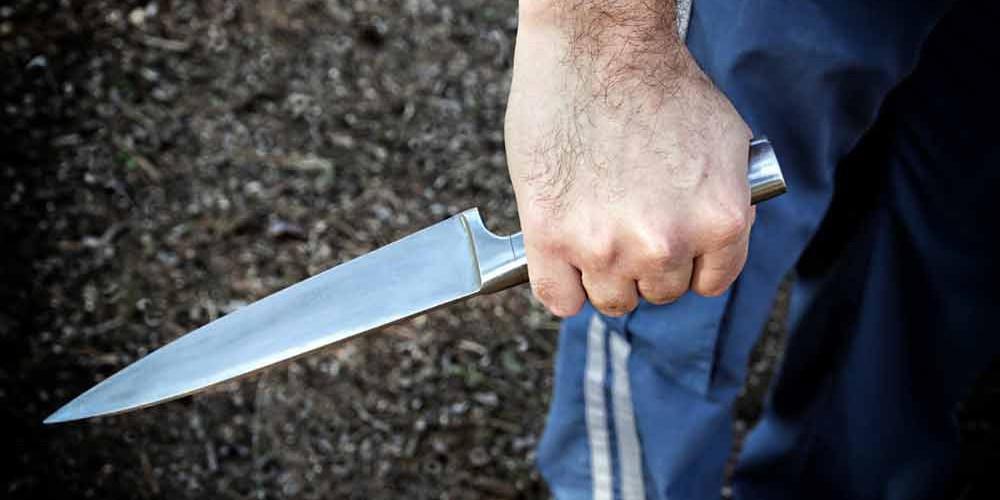 Ηράκλειο: Πατέρας μαχαίρωσε το γιό του με τη βοήθεια του άλλου γιού