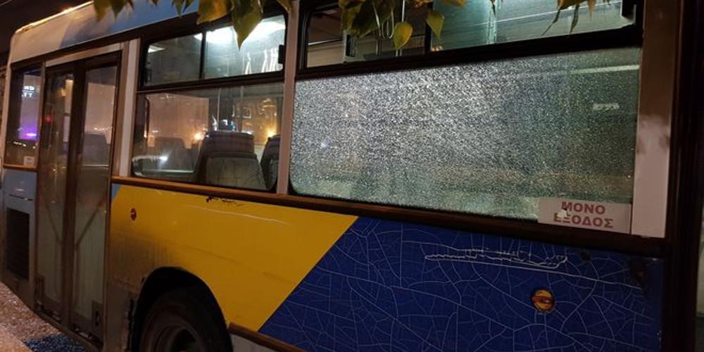Επίθεση σε λεωφορείο στην Ηλιούπολη με αεροβόλο το βράδυ του Σαββάτου