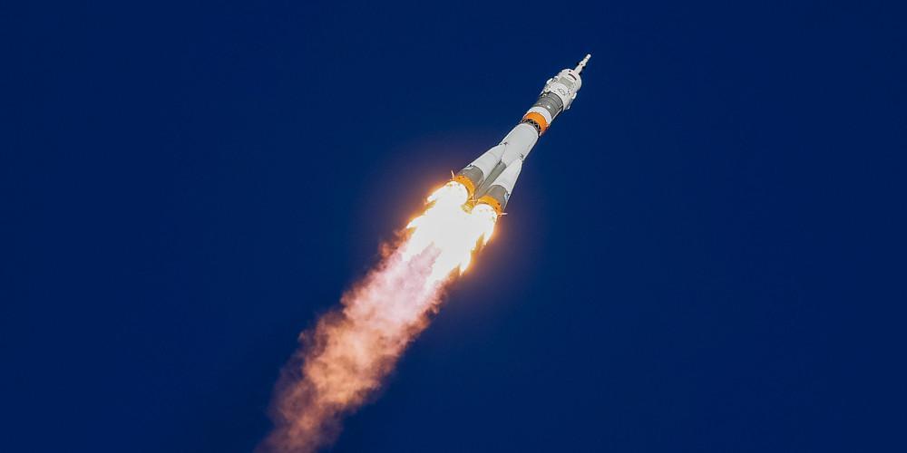 Πύραυλος εκτός ελέγχου θα συντριβεί στην Γη - Ανησυχία για το πού θα πέσει