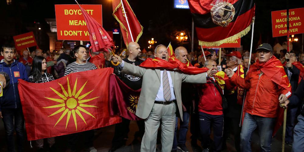 «Βόμβα» από την Μόσχα για το δημοψήφισμα στα Σκόπια: Ανοιχτό το ενδεχόμενο βέτο για την συμφωνία στον ΟΗΕ