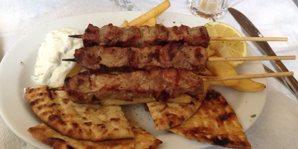 Σώθηκε ο άντρας που στραβοκατάπιε σουβλάκι στην Κρήτη