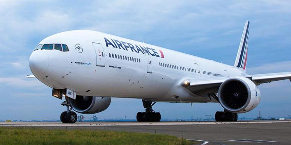 Συναγερμός στην Air France: Βρέθηκε λιστερία σε σάντουιτς που σερβίρουν σε πτήσεις τους