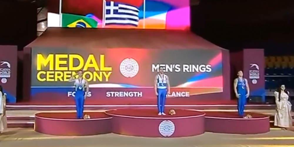 Γιατί ο Βραζιλιάνος αθλητής χαιρέτισε στρατιωτικά τον ελληνικό Εθνικό Ύμνο στην απονομή του Πετρούνια [βίντεο]
