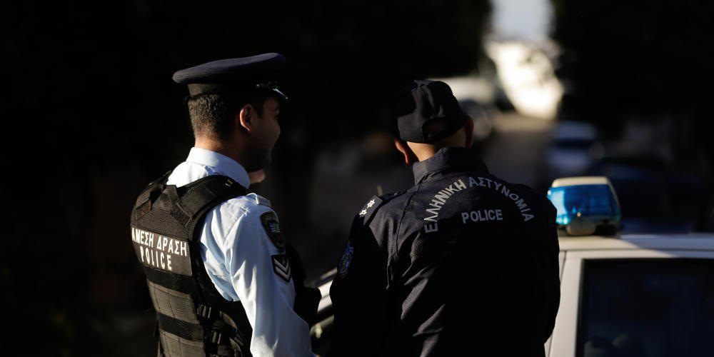 Σύλληψη αστυνομικού για υπόθεση ναρκωτικών στη Χαλκιδική