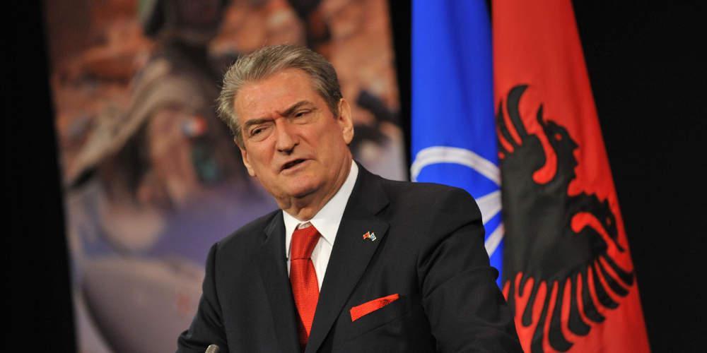 Απίστευτη πρόκληση Μπερίσα: Να απαγορευτεί ο εορτασμός του «Όχι» στη Βόρεια Ήπειρο