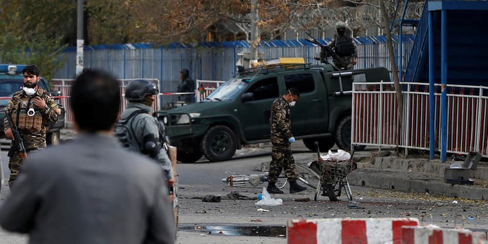 Ανείπωτη τραγωδία στο Αφγανιστάν: Τουλάχιστον 62 νεκροί από έκρηξη βόμβας σε τζαμί