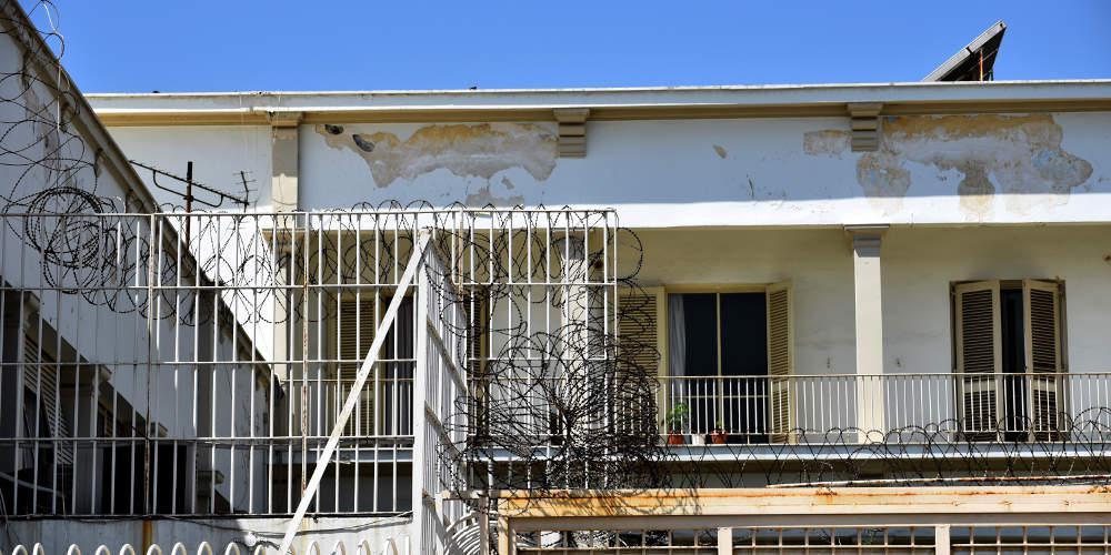 Και τι δεν εντόπισαν αστυνομικοί σε φυλακές στην Ελλάδα: Ναρκωτικά, κινητά και… αυτοσχέδια σουβλιά