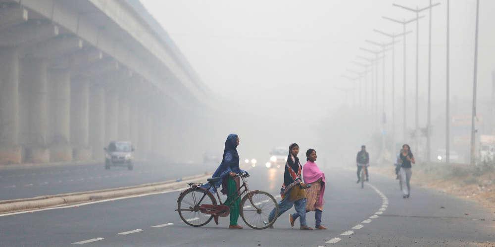 «Αργοπεθαίνει» το Δελχί - Σοκαριστικό βίντεο από την ατμοσφαιρική ρύπανση
