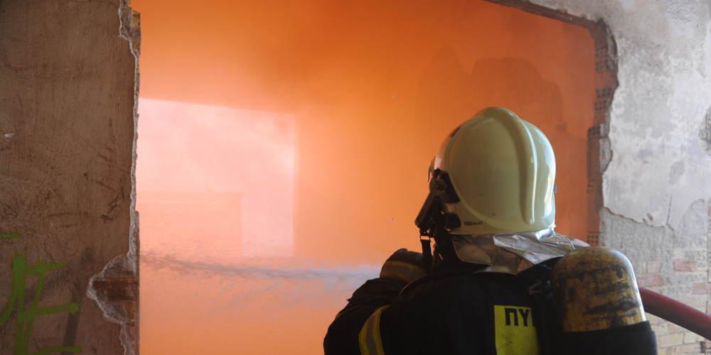 Φωτιά στο κλειστό του Πανιωνίου στη Νέα Σμύρνη
