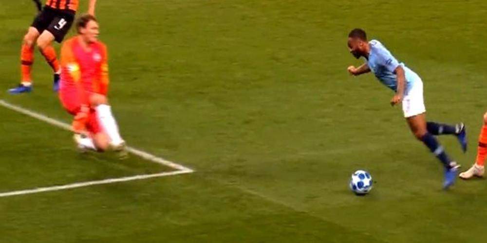 Το πιο αστείο πέναλτι στην ιστορία του Champions League [βίντεο]