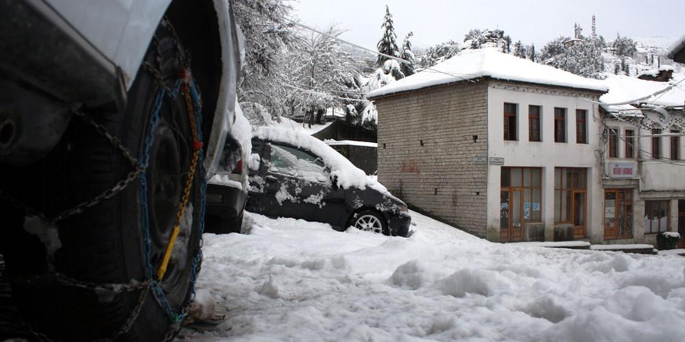 Προσοχή: Πού χρειάζονται αλυσίδες στη βόρεια Ελλάδα λόγω του παγετού