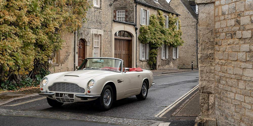Η Aston Martin δημιούργησε μια αναστρέψιμη EV πλατφόρμα