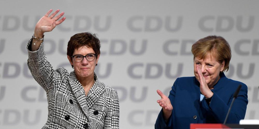 Κρίση στο CDU: Η Καρενμπάουερ δεν βάζει υποψηφιότητα για καγκελάριος και παραιτείται από αρχηγός