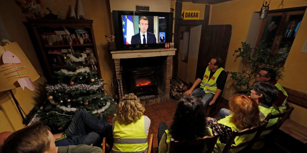 Σε κατάσταση εκτάκτου ανάγκης έθεσε ο Εμάνουελ Μακρόν την γαλλική οικονομία