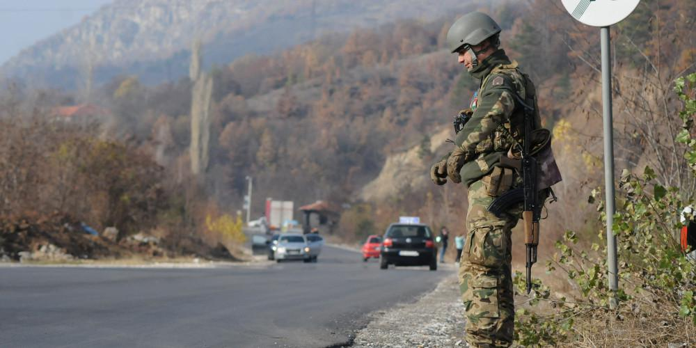 Κρίση στα Βαλκάνια: Το Κόσοβο ετοιμάζεται να συγκροτήσει τακτικό στρατό και προκαλεί οργή στη Σερβία