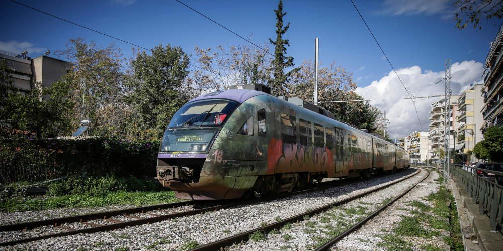 Σύγκρουση τρένου με ΙΧ στο Κιλκίς με μία γυναίκα να ανασύρεται αναίσθητη