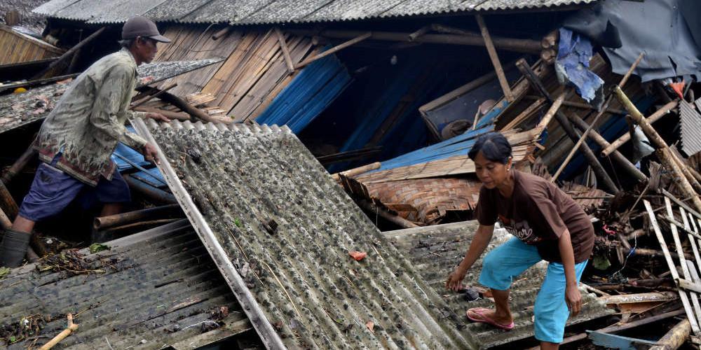 Τουλάχιστον ένας νεκρός από τον ισχυρό σεισμό στην Ινδονησία