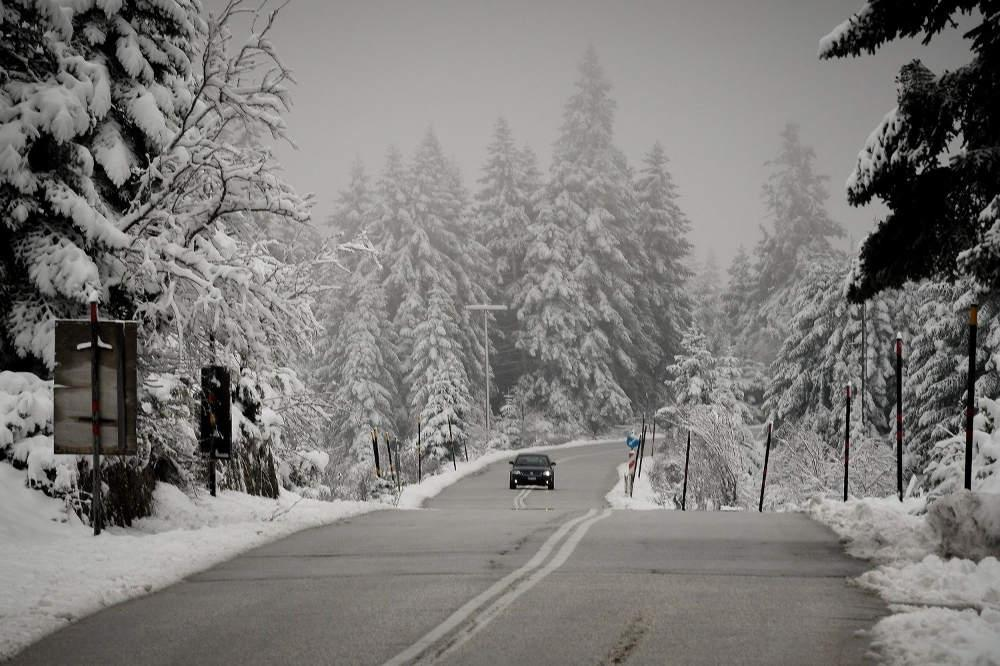 Πρόγνωση καιρού: Έντονες χιονοπτώσεις, βροχές και μποφόρ την Πέμπτη