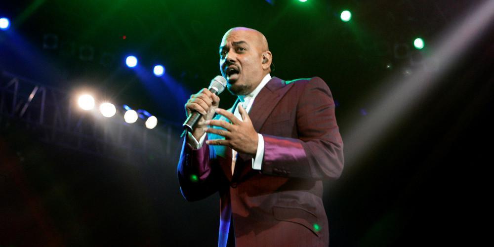 Πέθανε ο βραβευμένος με Grammy τραγουδιστής της R&B Τζέιμς Ίνγκραμ
