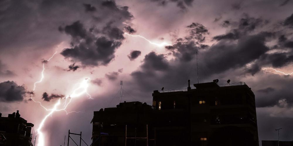 Έκτακτο δελτίο επιδείνωσης του καιρού: Έρχονται ισχυρές βροχές και καταιγίδες