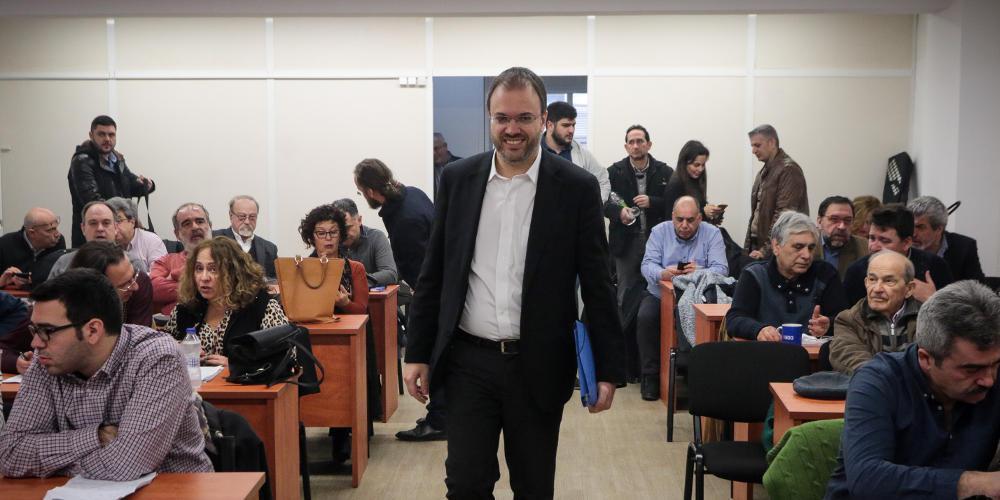 Ποιος είναι ο Θεοχαρόπουλος και οι υπόλοιποι;