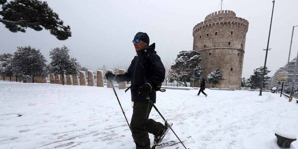 Πρόγνωση καιρού: Προ των πυλών ενός ιστορικού χιονιά