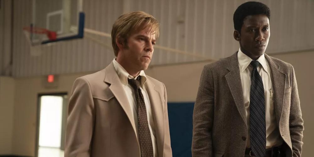 True Detective: Η 3η σεζόν επαναφέρει τον μύθο εκεί που του αξίζει