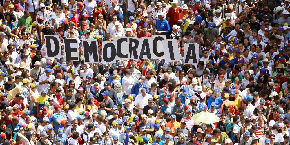 Ο επικεφαλής του Πενταγώνου ματαίωσε την περιοδεία του στην Ευρώπη λόγω Βενεζουέλας