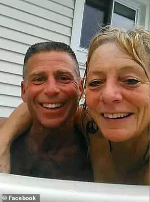 Τραγικό περιστατικό: Άντρας στο Σικάγο έπνιξε τη γυναίκα του στο τζακούζι [εικόνες]