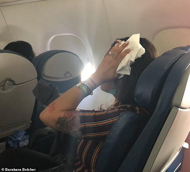 Σφοδρές αναταράξεις σε πτήση για το Σιάτλ - Αναγκαστική προσγείωση και πέντε τραυματίες [εικόνες]