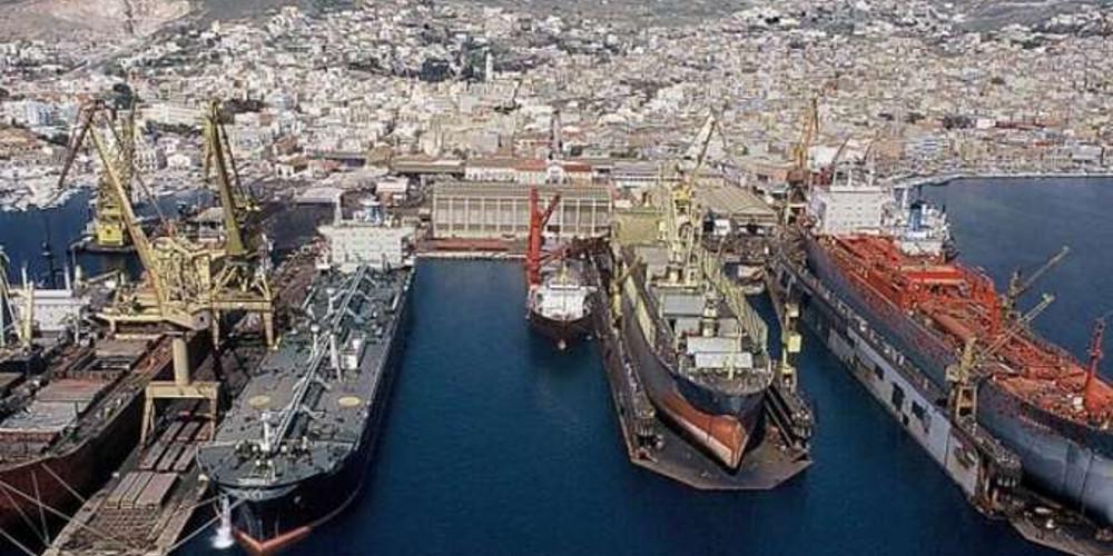 Η μεγαλύτερη δεξαμενή στην Ελλάδα σε πλήρη λειτουργία στο Νεωριο Σύρου