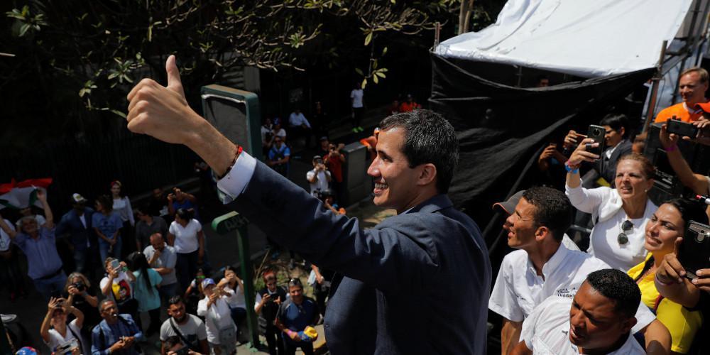 Οι κίνδυνοι που αντιμετωπίζει ο Γκουαϊδό για να εξασθενήσει το κίνημά του