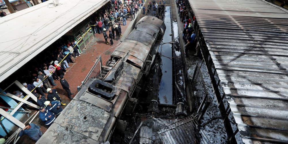 Απίστευτο: Ενας καβγάς προκάλεσε την τραγωδία στο Κάιρο - Συνελήφθη ο μηχανοδηγός του τρένου