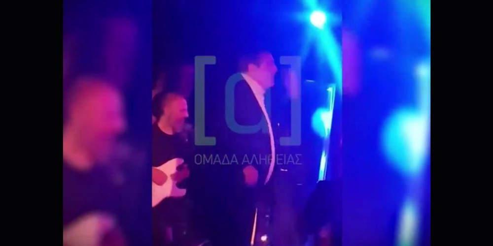 Ο Καμμένος το έριξε… στο χορό μετά τη διάλυση της ΚΟ των ΑΝΕΛ [βίντεο]