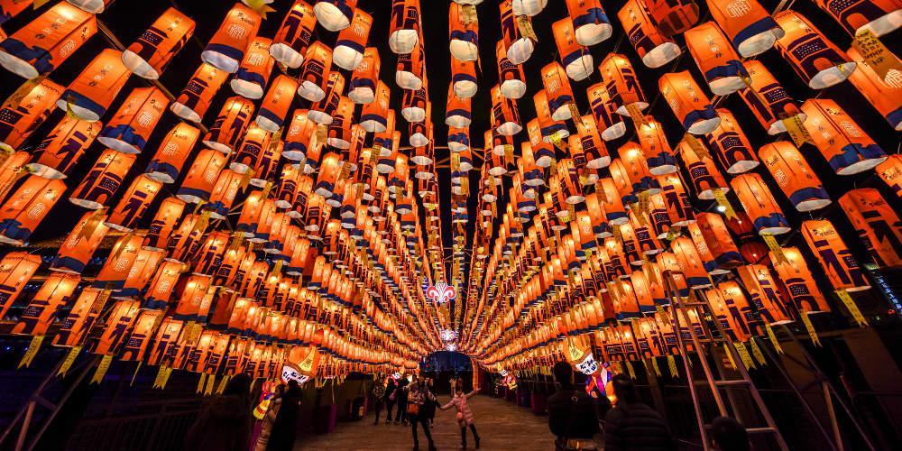 Οίκοι ειδών πολυτελείας εορτάζουν το κινέζικο Νέο Έτος