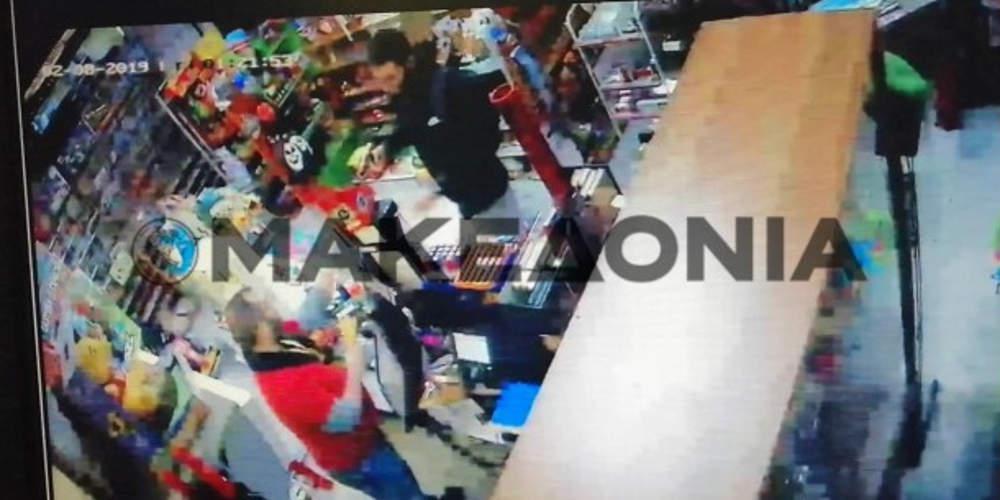 Απίστευτο: Ληστής στη Θεσσαλονίκη… ευχαρίστησε τον ψιλικατζή που έκλεψε [βίντεο]