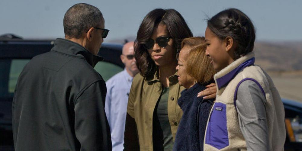 Η μητέρα τής Μισέλ Ομπάμα θεωρεί ότι η κόρη της δεν είναι «πραγματική» διασημότητα