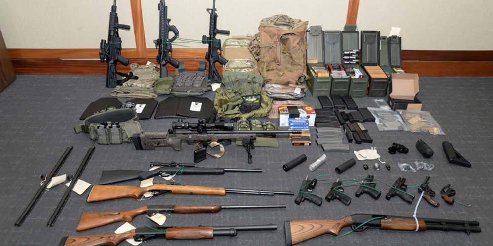 Ναζιστής αξιωματικός του λιμενικού των ΗΠΑ σχεδίαζε δολοφονίες Δημοκρατικών [εικόνες]