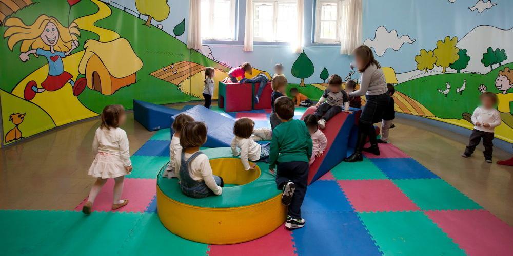 Καταγγελία-σοκ: Ξέχασαν 3χρονο κοριτσάκι σε παιδικό σταθμό – Βγήκε στο δρόμο