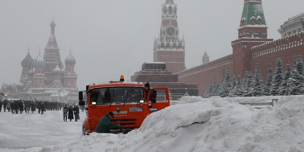 Ο καιρός τρελάθηκε: Ζέστη στον Βορρά και χιόνια στον Νότο τον Φεβρουάριο στην Ευρώπη