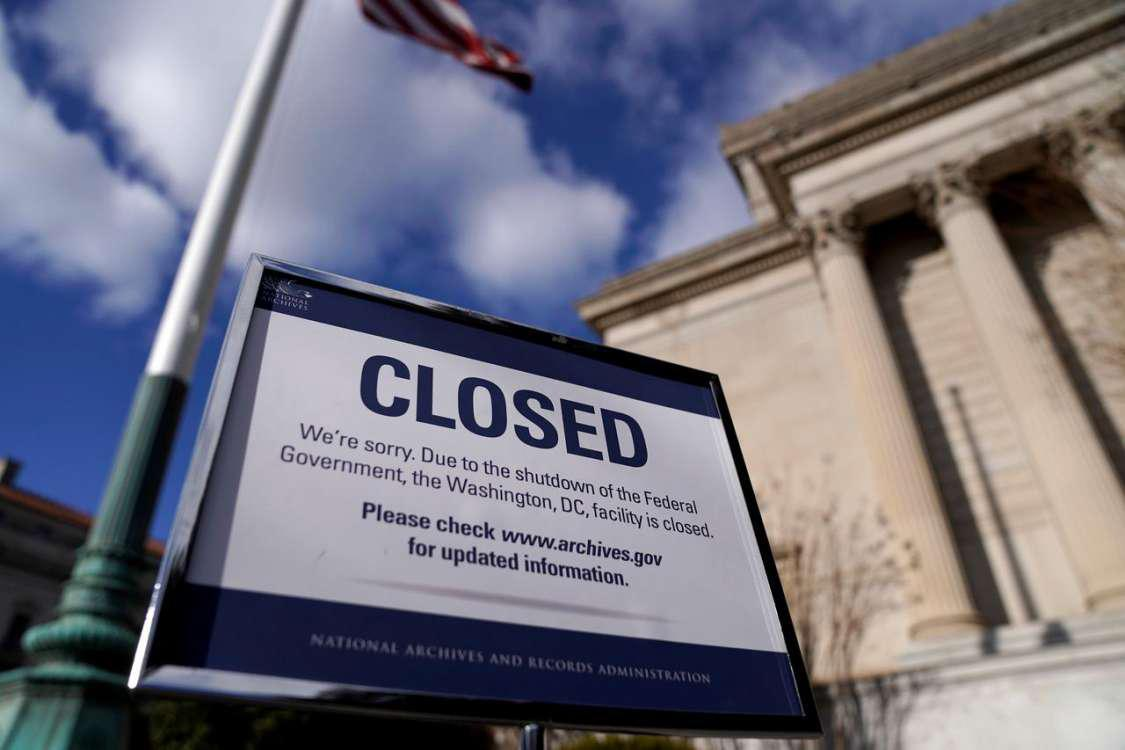 To shutdown και η κατάσταση έκτακτης ανάγκης ως μοχλοί πολιτικοί πίεσης από τον Τραμπ