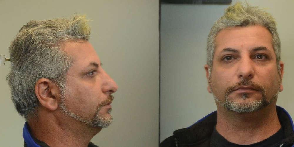 Αυτός είναι ο άνδρας που κατηγορείται για ασέλγεια σε ανήλικη στη Σαλαμίνα [εικόνες]
