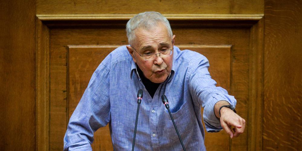 «Είμαι ερωτευμένος με τον Τσίπρα, έχω γεροντικό πάθος»: Αποκαλύφθηκε ο μεγαλύτερος φαν του πρωθυπουργού