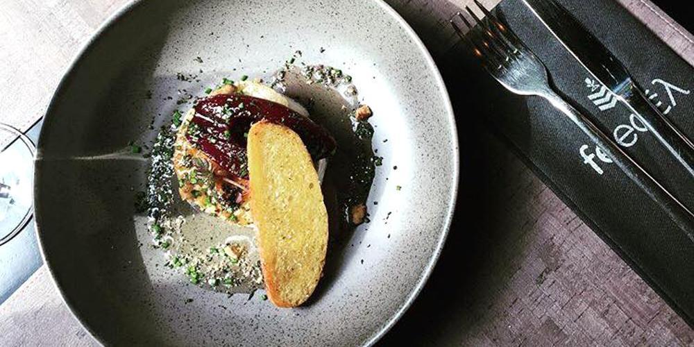 «Feedέλ Urban Gastronomy»: Ένα ξεχωριστό γκουρμέ μεζεδοπωλείο