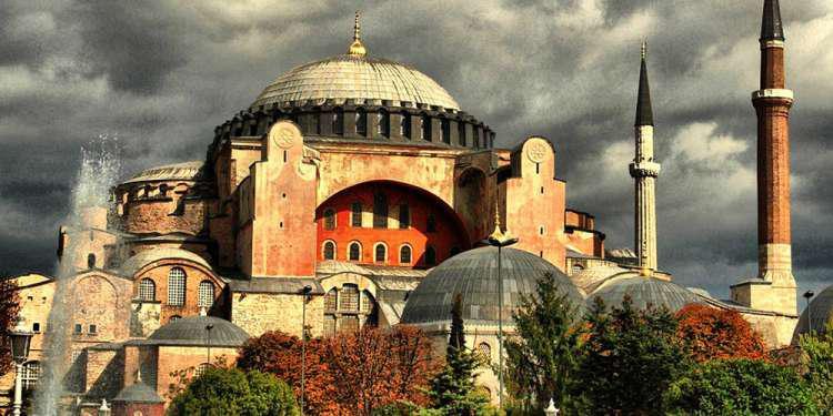 Αγία Σοφία: Ακάθιστος Ύμνος στη Μητρόπολη Αθηνών την Παρασκευή – Πένθιμα θα χτυπούν οι καμπάνες