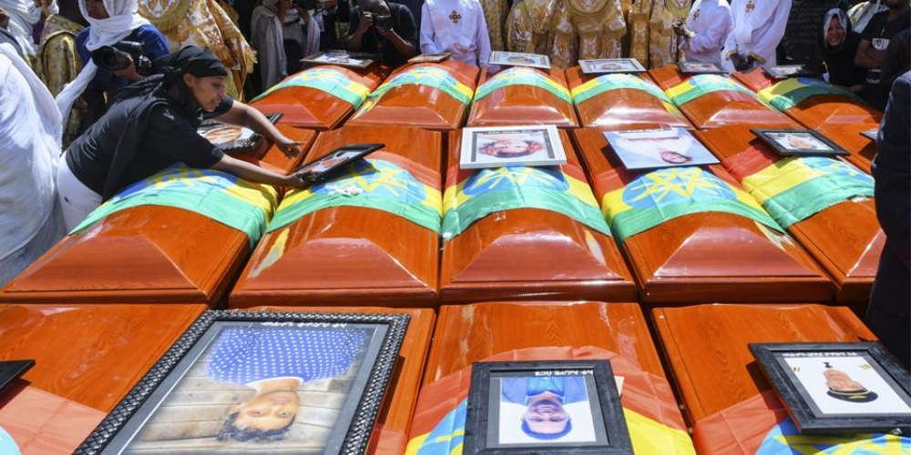Θρήνος και αναπάντητα ερωτηματικά για τα θύματα της αεροπορικής τραγωδίας της Ethiopian Airlines